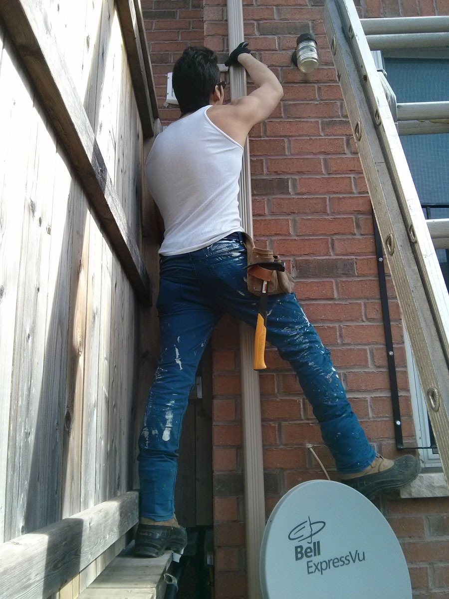 Emergency Toronto Downspout Repair Service Solid Eavestrough