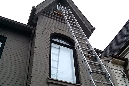 eavestrough installation replacement toronto | solid eavestrough
